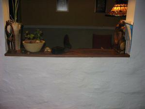 """detailne """"hrbolata"""" stena styl:francusky vidiek faza:nedokoncena na tejto fotke"""