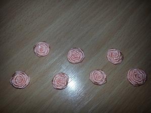 Růžičky male.