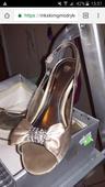 Saténové sandalky so štrasovou aplikáciou, 36
