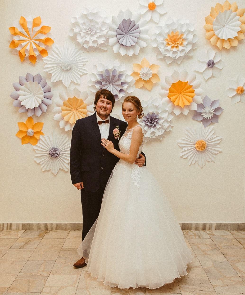 Zdobené s láskou :-) - a naša stena na fotenie :-)