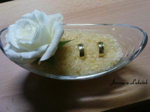 Absolutny vitaz, v marhulovej farbe, krasa - uz doma miska, kvetinka aj kamienky