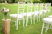 Limewash Chiavari stoličky na prenájom,