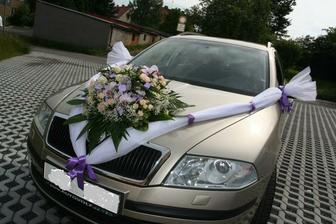 Zdobení auta já chci akorát s panenkou