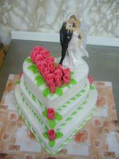 tento dort je jistý ale bude světle modrý s modobílími růžemi