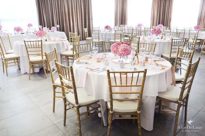 Naša ružovo-zlatá svadobná výzdoba od FlorDeLuxe - Obrázok č. 2