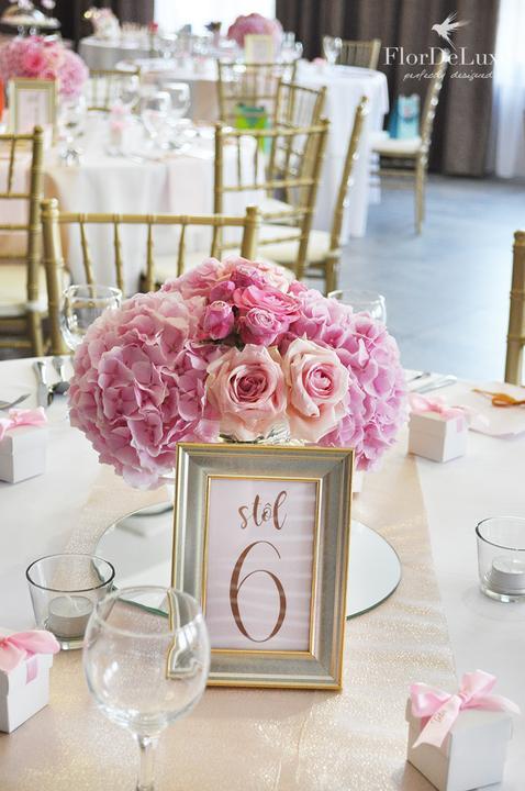 Naša ružovo-zlatá svadobná výzdoba od FlorDeLuxe - Obrázok č. 3