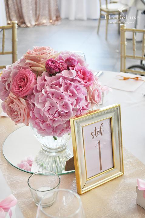 Naša ružovo-zlatá svadobná výzdoba od FlorDeLuxe - Obrázok č. 10