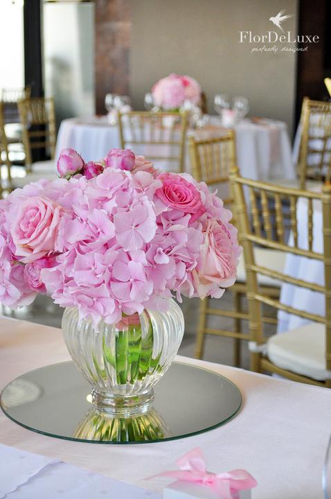 Naša ružovo-zlatá svadobná výzdoba od FlorDeLuxe - Obrázok č. 13