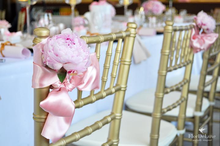 Naša ružovo-zlatá svadobná výzdoba od FlorDeLuxe - Obrázok č. 14