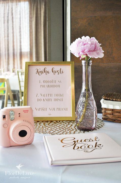Naša ružovo-zlatá svadobná výzdoba od FlorDeLuxe - Obrázok č. 22