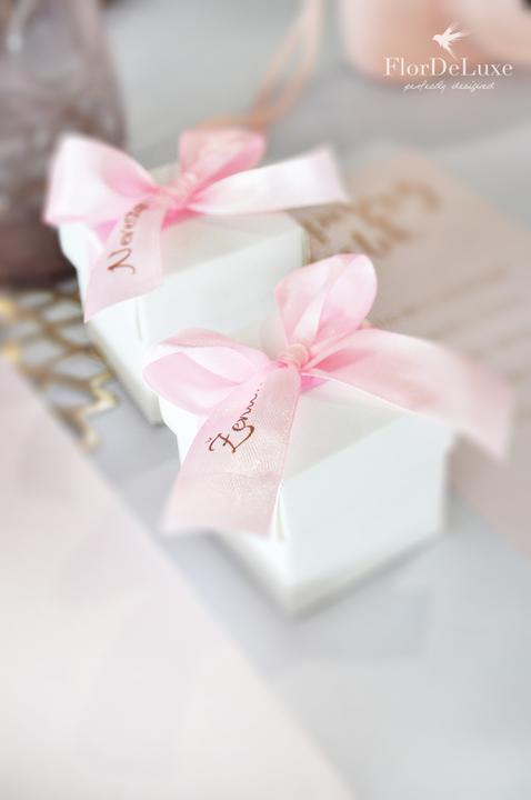Naša ružovo-zlatá svadobná výzdoba od FlorDeLuxe - Obrázok č. 25