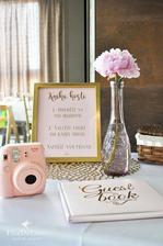 https://www.theweddingofmydreams.co.uk/products/pink-and-gold-foil-guest-book