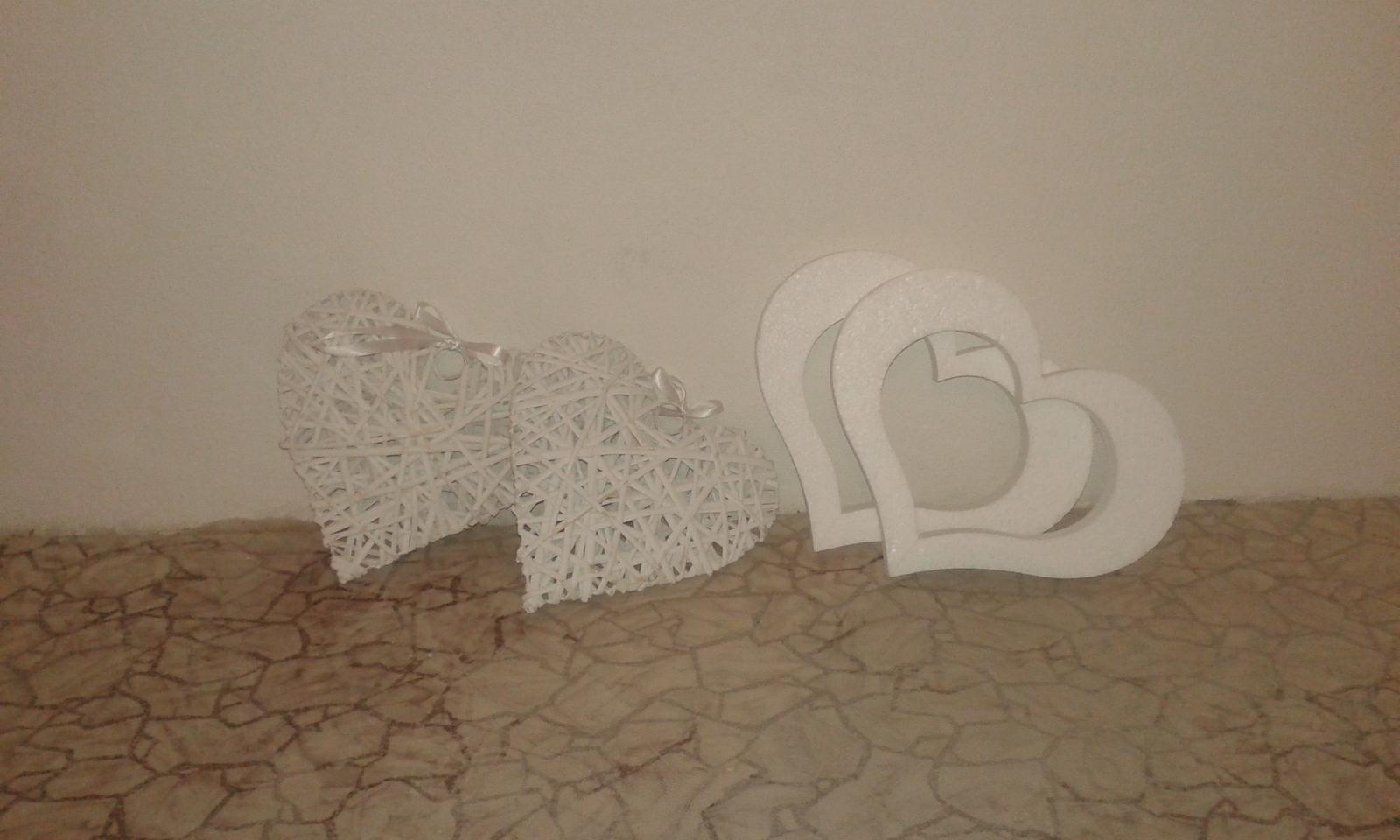 Chytila som svadobnú kyticu na kamarátkinej svadbe .... - Na výzdobu stien v sále ☺