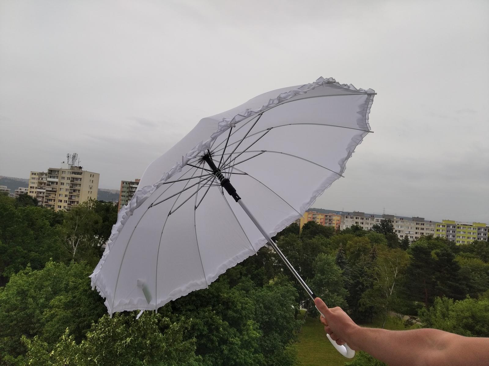 Nepoužitý svadobný dáždnik - Obrázok č. 1