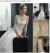Bílé krajkové šaty, 36