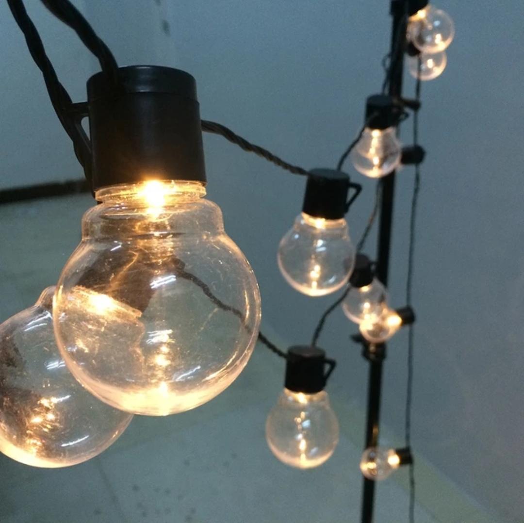 Světelný řetěz do zásuvky (žárovky) - Obrázek č. 1