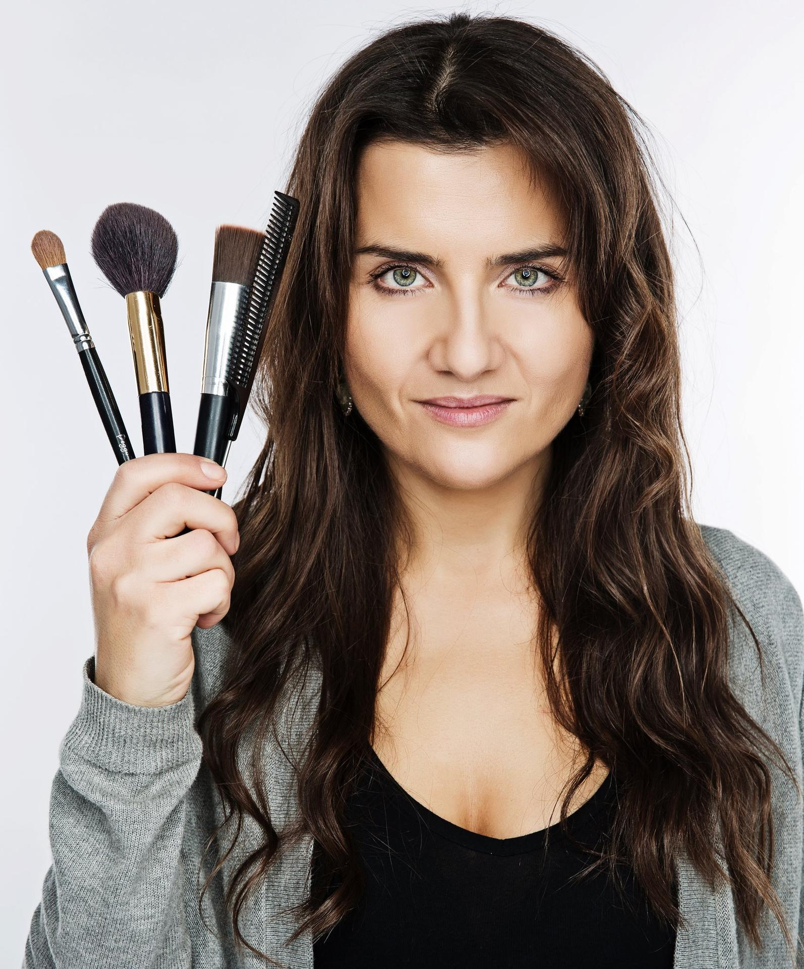 ❤️K&P❤️ Prípravy na náš deň 🥰 - Make up & vlasy - Eliška Pichoňská  https://www.elimakeupartistblog.com/