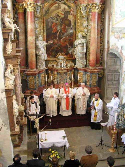 Svadobné prípravy na 14.4.2007 - v kaplnke sv. Michala