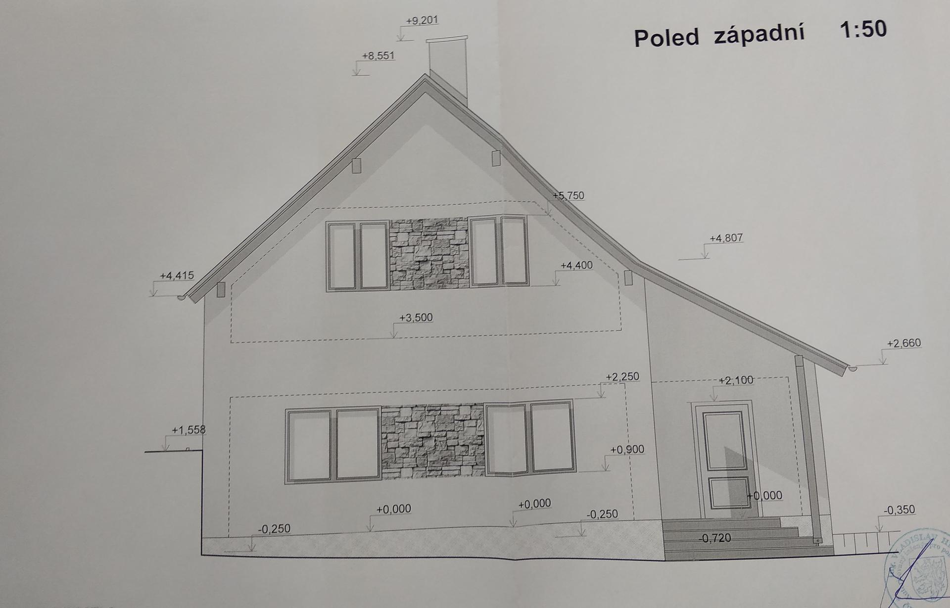Hrubá stavba - Předpokládaný nový stav - západní pohled.  Vůbec netušíme jaká bude fasáda. Střecha bude Tondach Stodo 12 Amadeus černá (byla jsem přemluvena příznivou cenou a partnerem, mně se líbí červené tašky).