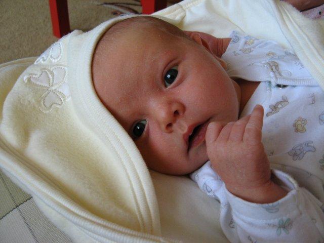 """Julinka{{_AND_}}Peťko - narodil som sa """"do roka a do mesiaca"""" :-))"""