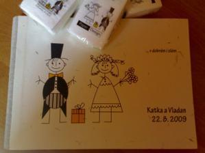 ... svatební kniha hostů :o))) ....