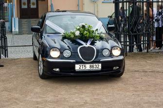 ... auto nevěsty ...