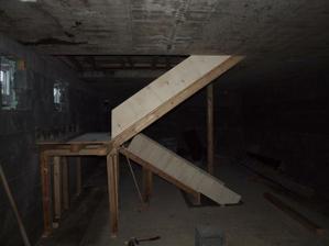 konstrukce pro schody ve sklepě, 1.3.2012