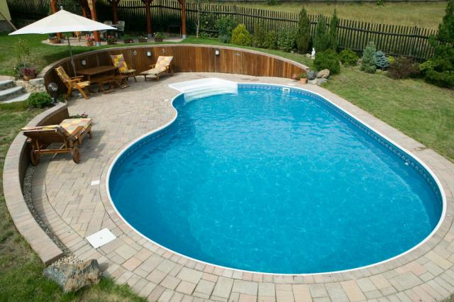 Bazén na zahradě - Obrázek č. 4