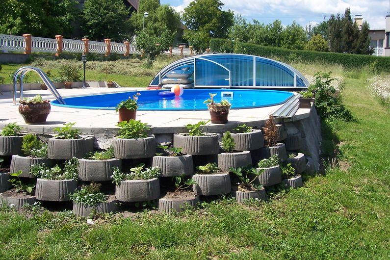 Bazén na zahradě - Obrázek č. 7
