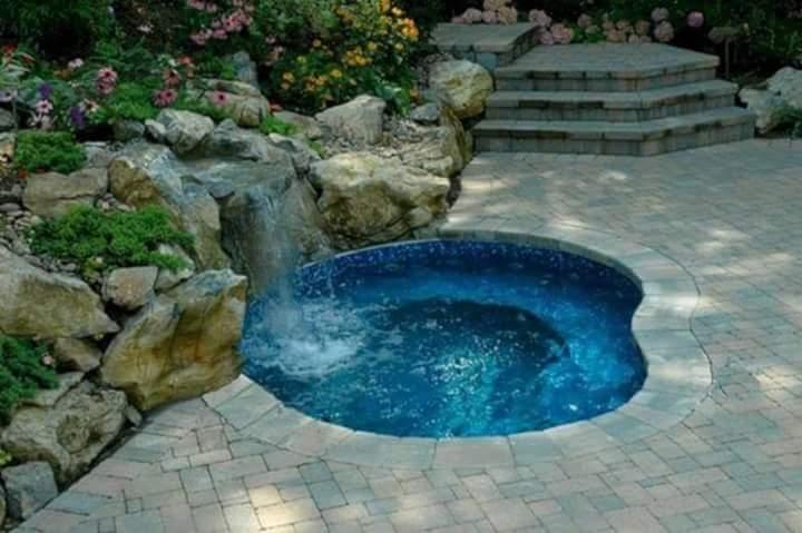 Bazén na zahradě - Obrázek č. 39