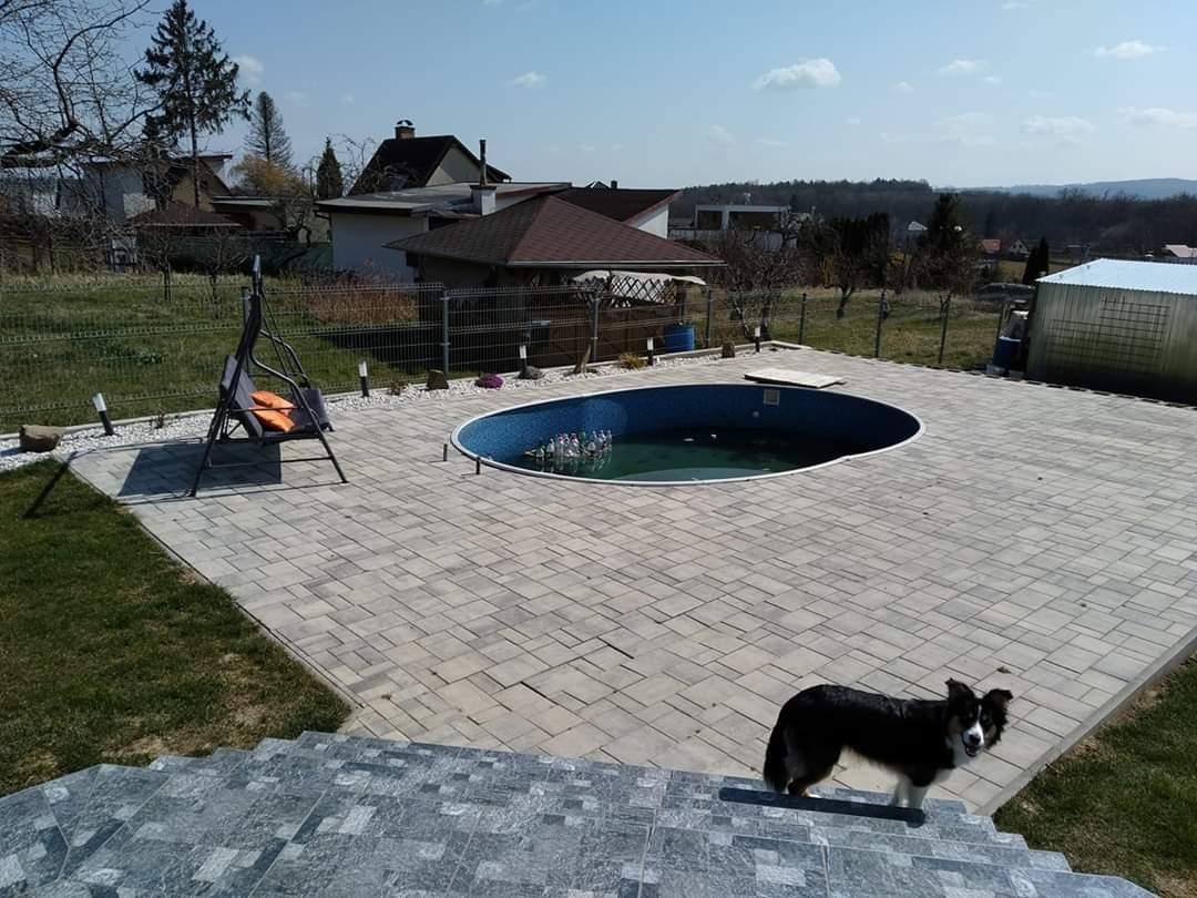Bazén na zahradě - Obrázek č. 77