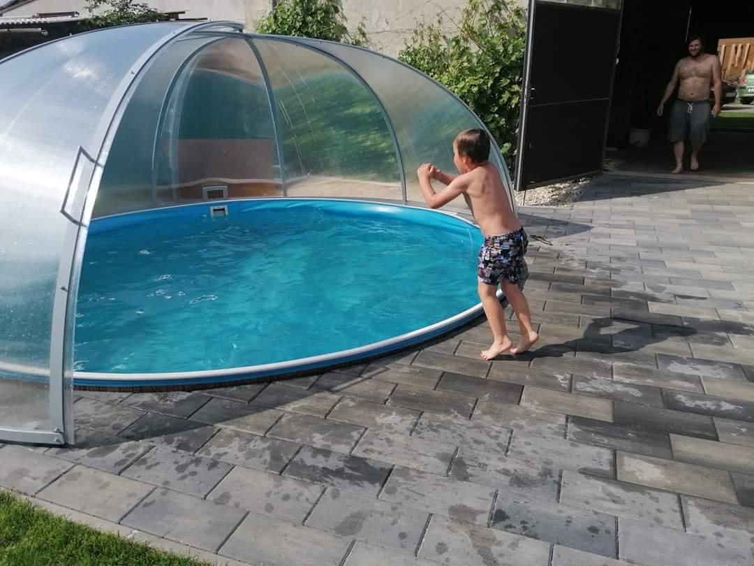 Bazén na zahradě - Obrázek č. 85