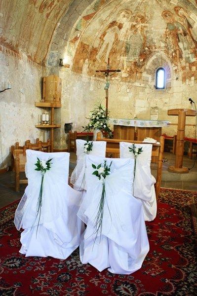 Mirko+Zuzka - Tieto stoličky by som chcela mať v kostolíku