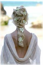 nebo kytky do vlasů.....