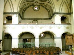 kaple uvnitř