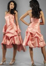 tieto šaty sú skvelé...ešte si na ne musím počkať, no dúfam že sa mi budú hodiť...