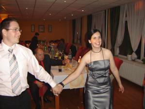 Tanec v popolnočných