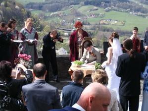 I ženich se podepsal :)