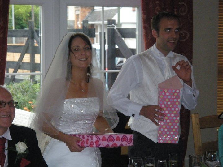 Beccy{{_AND_}}Barry - Presents during speech