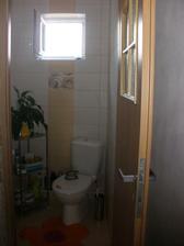 záchod hotovo konečne :)