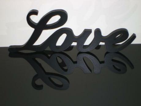 """Dekorácia """" Love"""" - Obrázok č. 1"""