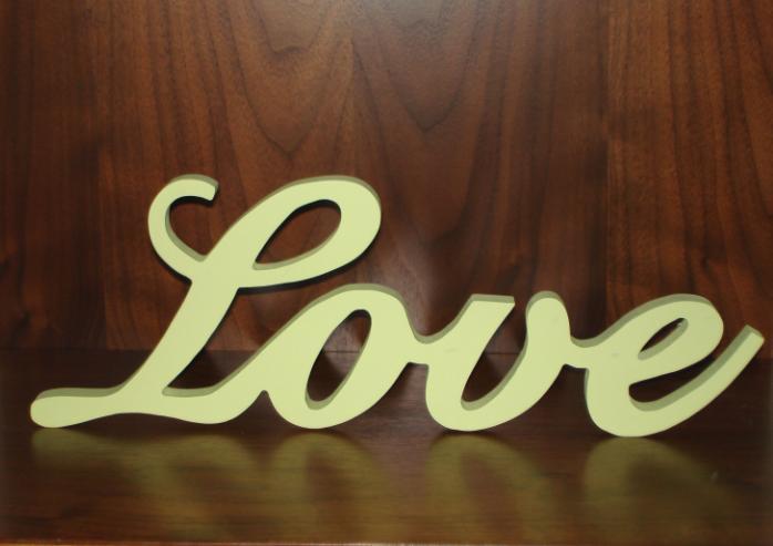 """Dekorácia """"Love"""" - zelenkastá - Obrázok č. 2"""