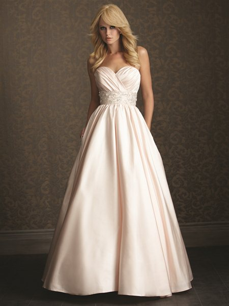 Wedding dress inspirations - Loving the blush colour