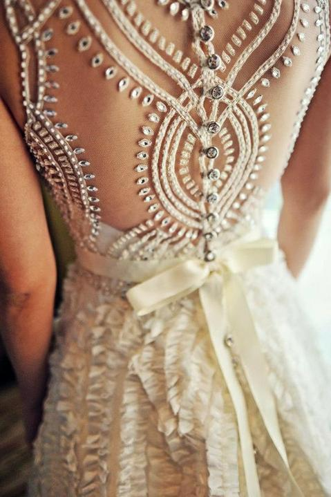 Wedding dress inspirations - Love the back detail, different and stunning!