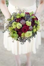 Artichokes in bouquet? wow, I've heard it all :)