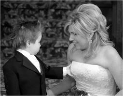 Some wedding pics to make you smile :) - Obrázok č. 4
