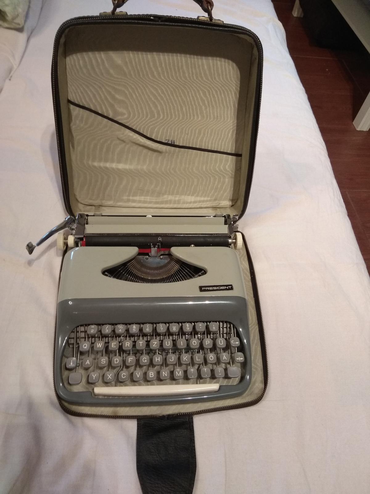 Písací stroj - Obrázok č. 1