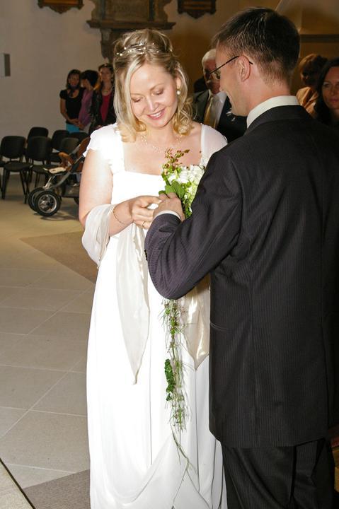 Magdalena Zachová{{_AND_}}Michal Volek - tento prsten je znamením mé lásky a věrnosti...