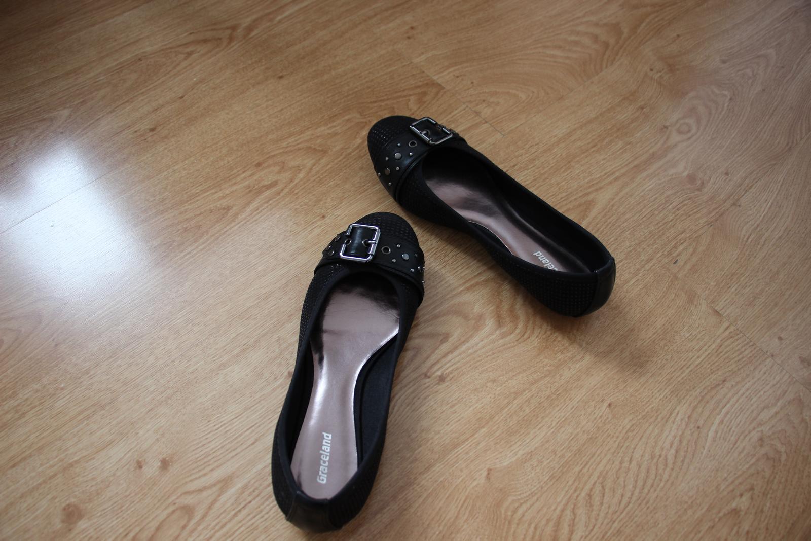 cierne balerinky - Obrázok č. 1