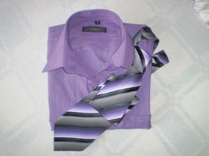 Košulenka, na ženichovi v albu skutečnost